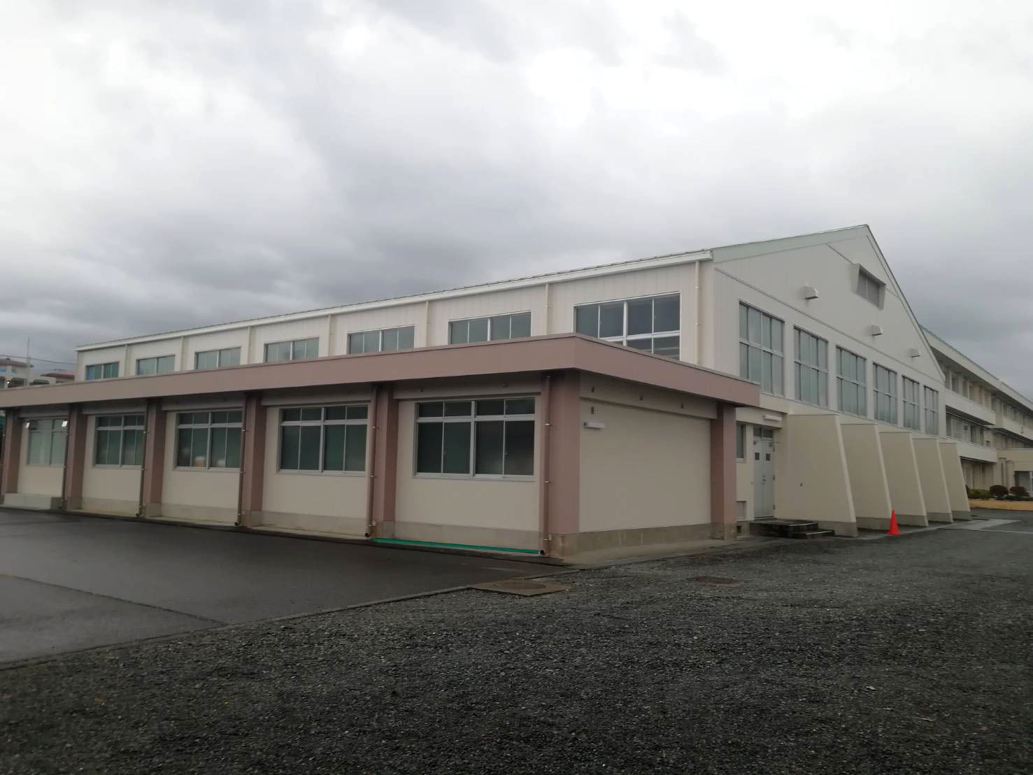 富士市立富士見台小学校屋内運動場リニューアル工事